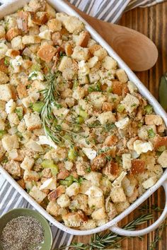This classic stuffing recipe comes out perfectly moist and golden every time! It is turkey's best friend!#spendwithpennies #stuffing #stuffingrecipe #turkeystuffing #turkeydinner #thanksgiving Turkey Stuffing Recipes, Vegetarian Stuffing, Stuffing Recipes For Thanksgiving, Thanksgiving Side Dishes, Thanksgiving Ideas, Homemade Stuffing, Traditional Stuffing Recipe, Classic Stuffing Recipe, Coleslaw Salat