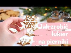 Jak zrobić LUKIER i jak prosto lukrować PIERNIKI🎄🛍❤️ Ciastkożercy.pl - YouTube No Bake Desserts, Christmas Time, Icing, Diy And Crafts, Place Card Holders, Engagement, Cakes, Youtube, Skinny