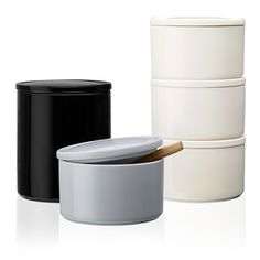 Purnukka Kaj Franck1953  A clever ceramic solution for storing items. Perfect for the kitchen or around the home. An attractive colour palette allows for combinations that suit every taste. With matching colours to Teema assortment you can decorate and serve with style.