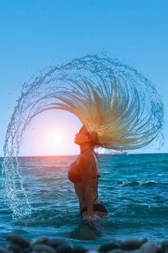 Some serious beach hair flip Beach Photography, Creative Photography, Amazing Photography, Photography Lighting, People Photography, Photography Tips, Umbrella Photography, Freelance Photography, Motion Photography