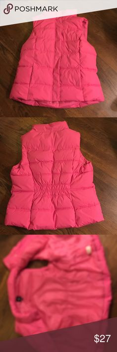 Gap pink puffy zipper snap vest Gap pink puffy zipper snap vest. In great condition. Has pockets in the front. GAP Jackets & Coats Vests