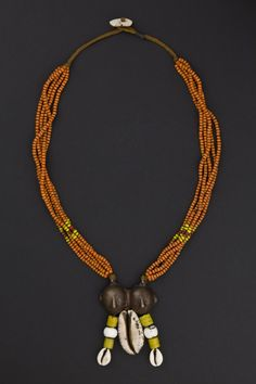 India | Necklace from Nagaland | Glass beads, bronze and ciprea shells | Beginning 1900