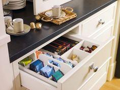 organized kitchen drawers