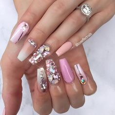 ✨All da bling!💫🌟 Our babe @kirralongmuir couldn't resist the bling! And that ring though 🙈💎 Can you believe this client is a hairdresser @trendz_hair and gets no staining whatsoever 🙅#nailswag #nailicious #nailcandy #lovenails #loveeffect #loveeffectnails #goldcoastnailtech #goldcoastbeauty #goldcoastsalon #goldcoastnails #goldcoastbusiness #acrylicnails #swarovskinails #blingnails #marblenails #pinknails #pinknation #pinkeverything #diamondring #bigdiamond #frenchombre #coffinnails…