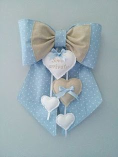 This Pin was discovered by arw Felt Crafts, Diy And Crafts, Arts And Crafts, Baby Shawer, Baby Toys, Baby Nest, Sewing Crafts, Sewing Projects, Projects To Try