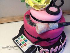 Girly 18th Birthday Cake 18th Birthday Cake, Celebration Cakes, Custom Cakes, Spoon, Custom Design, Girly, Desserts, Shower Cakes, Personalized Cakes