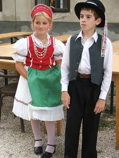 Oogstfeest 2006   Flickr - Photo Sharing! Wegry  Erdõtarcsa  I used to have a dance costume very similar to the one the girl is wearing.  I was about the same age, too. Those were the days. Those Were The Days, Halloween Costumes For Kids, Dance Costumes, Folk Art, Lace Skirt, Christmas Decorations, France, Future, Gallery