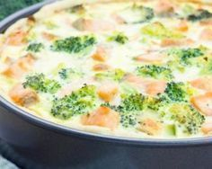 Quiche rapide diététique au saumon et brocoli Morrocan Food, Salmon And Broccoli, Low Fat Low Carb, Batch Cooking, Winter Food, Entrees, Strudel, Clean Eating, Good Food