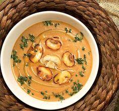 Cogumelos frescos dão toque refinado para sopa vegetariana - Receitas - Comida - Folha de S.Paulo
