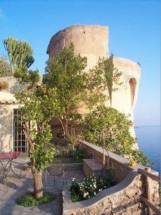 house on the amalfi coast
