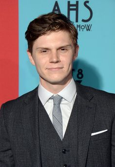 Evan Peters as *Jimmy Darling* in American Horror Story. First episode was okay, but he in general was amazinggg