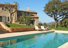 Location prestige Maison Gordes : Mas au milieu des vignes, bergerie dans la garrigue, maison ...