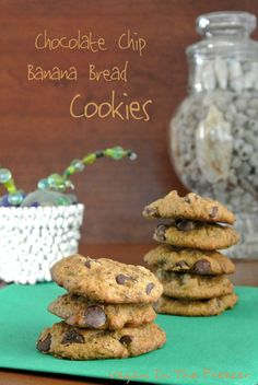 A healthier cookie for an after dinner dessert. Chocolate Chip Banana Bread Cookies have high fiber content that fills you up and helps keep you feeling satisfied. They taste delicious too! Vegan Sweets, Vegan Desserts, Delicious Desserts, Vegan Recipes, Yummy Food, Healthy Food, Banana Bread Cookies, Chocolate Chip Banana Bread, Semi Sweet Chocolate Chips