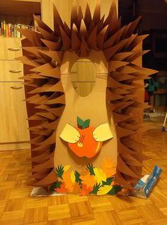 jeż, dzień jeża, przedszkole, zdjęcia, foto Diy For Kids, Crafts For Kids, Teacher Supplies, Autumn Activities, Diy And Crafts, Kindergarten, Seasons, Cartoon, Autumn