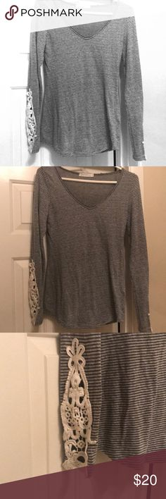 Knit Long Sleeve Tee Striped knit top with awesome lace detail sleeves. Purchased from Bevello. Top has been worn but taken care of. So cute with a black skirt and high boots or with jeans.  Consider a bundle discount! 🖤 T Party Fashion Tops Tees - Long Sleeve