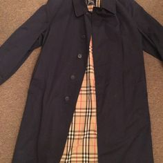Burberry men's trench coat Sz approx lg 44 Burberry Jackets & Coats Trench Coats