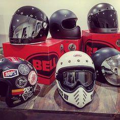 Bell Bullitt Motorcycle Helmet 14 Biker Helmets, Custom Motorcycle Helmets, Custom Helmets, Retro Motorcycle, Motorcycle Outfit, Motorcycle Bike, Youth Dirt Bikes, Bell Moto 3, Bullet Bike Royal Enfield