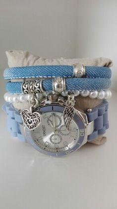 https://trends2sparkle.nl/product-categorie/horlogesets/ #horloge #horlogesets #jeans #blauw #parel #armbanden