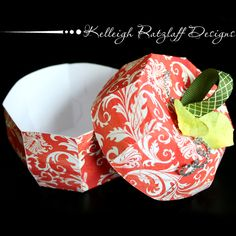 Paper apple box - perfect gift for your childs teacher