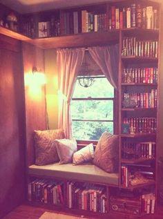 Jeder der nichts lieber macht als den ganzen Tag auf einen gemütlichen Fleck zu sitzen und zu lesen , wünscht sich glaube ich ,  so eine Ecke *-*