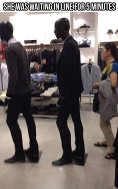 Dumb Girl Shopping Waits In Line Behind Mannequins ---- funny pictures hilarious jokes meme humor walmart fails Funny Cute, Haha Funny, Funny Stuff, Odd Stuff, Funny Fails, Funny Memes, Hilarious Jokes, Funny Dogs, Hilarious Stuff
