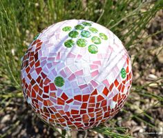 Gartendekoration aus Mosaik