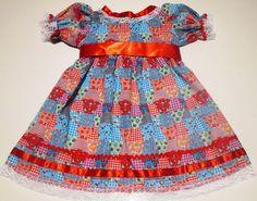 Os vestidos de Festas Juninas são quadriculados, bem caipiras, mas sempre muito bem vindos nas festas tradicionais do São João.