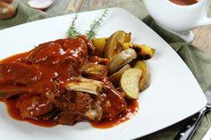 Duszone żeberka z cebulą przepis – Zobacz na przepisy.pl Chicken Wings, Meat, Food, Essen, Meals, Yemek, Eten, Buffalo Wings