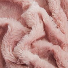 Rose Gold Aesthetic, Baby Pink Aesthetic, Aesthetic Colors, Home Fashion, Wallpaper Fofos, Bb Beauty, Fluffy Blankets, Throw Blankets, Pink Throws