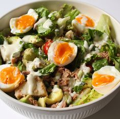 Lunch Restaurants, Ceasar Salad, Healthy Low Carb Recipes, Happy Foods, Food For Thought, Food Inspiration, Love Food, Salad Recipes, Food And Drink