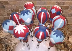 Take a sweet ride in the clouds with these hot air balloon cake pops! Listing is for one dozen delicious cake pops. Includes 12 hot air balloon pops in various colors/designs. Choose up to 4 different colors. Cake Pops are individually bagged, tied with ribbon, and carefully boxed. (personalized tags available at no charge*.)  *If you select personalized tags, please enter your exact wording in the notes section of your order.  Colors are customizable to match your party decor. Please ad...