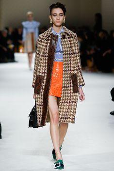 Miu Miu Fall 2015 Ready-to-Wear Fashion Show - Greta Varlese