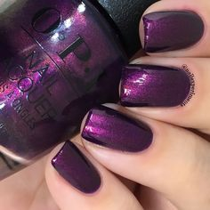 opi feel the chemis-tree swatch