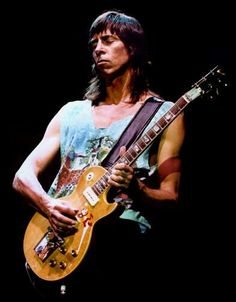 Tom Scholz and his Les Paul Guitar - Boston Rock N Roll Music, Rock And Roll, I Love Music, Music Is Life, Boston Band, Boston Music, Tom Scholz, Best Guitar Players, Les Paul Guitars