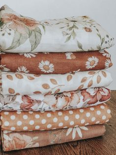 Flowers, daisies, polka dots, leaves. Baby essentials. Cute boho styles