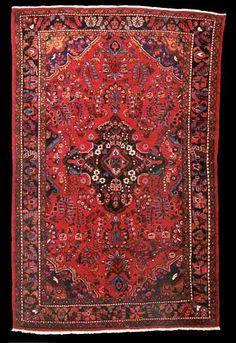 Lilihan thick Iranian wool carpet with Persian knots, woven by Armenian Christians in Chahar Mahal, Iran