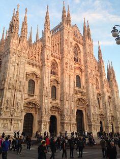 Milano. Il Duomo. Al tramonto.