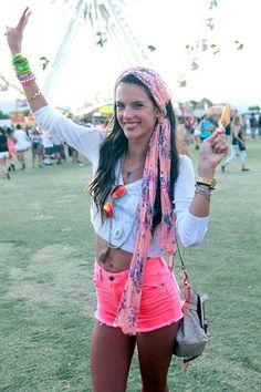 Lollapalooza. Coachella. Glastonbury. Boho style, music festival style