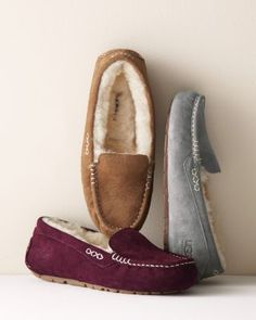 Looks so comfy! I think I need them for walking around the house in winter! -UGG® Ansley Shearling Moccasins