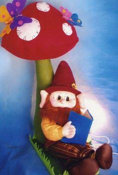 Blog voltado à artesanato em geral. Felt Crafts, Grinch, Ronald Mcdonald, Halloween, Crochet, Christmas, Fictional Characters, Vintage, Blog