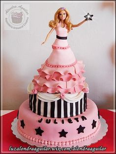A Barbie Star | Barbie Cake Ideas | Barbie Cake Designs | Barbie Cake | Barbie Gown Cake | Ken | Birthday Party | Birthday Cake for Girls | Barbie Princess Cake | Barbie Doll Cake | Barbie Doll Theme Cake |   Repinned by @purplevelvetpro | www.purplevelvetproject.com