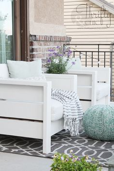 DIY outdoor porch or patio furniture. Learn how to make these chairs for about $20 each! Porch and patio decor and decorating ideas #outdoorfurniture #PatioFurniturechairsoutdoorcushions