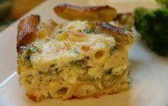 פשטידת ברוקולי ופסטה צבעונית Broccoli Pasta Bake, Broccoli Casserole, Casserole Recipes, Pasta Pie, Easy Pie Recipes, Mini Pies, Mediterranean Recipes, Macaroni And Cheese, Main Dishes