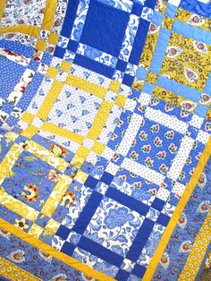 fabric: American Jane's Breath of Avignon, I love yellow and blue