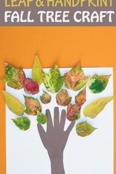 Leaf and handprint fall tree craft for kids. Easy autumn craft for toddlers and preschoolers. #fallcraft #handprint #leaves #easycraftsforkids