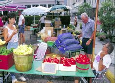 The Garden Grocery: Food Safety & Selection at the Farmers' Market  http://food.unl.edu/c/document_library/get_file?uuid=a8d3db3d-9327-4a9a-b7a8-d5bcea62e55b=4089449