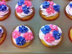 Drop flower cupcakes