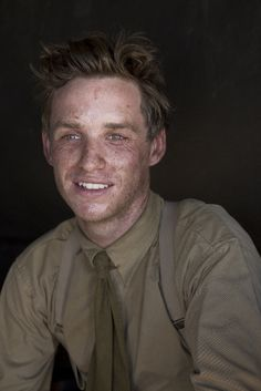 The wonderful Eddie Redmayne wearing First World War costume in 'Birdsong' (BBC)