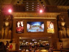 Las Vegas Travel Tips. Including Hotels. Shows. Weather. Attractions.