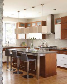 5- îlot dans la cuisine avec tabouret en cuir gris
